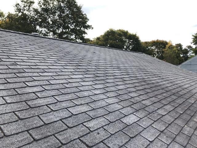 Wakefield, RI - Doing a free roofing estimate on a roof in south kingstown Ri
