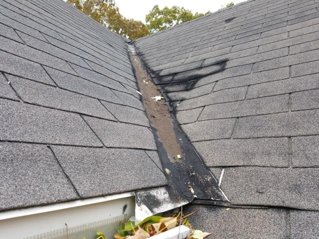 Norwich, CT - Roof inspection in Norwich ct. Leaking valley that has been patched. Need roof replacement. Recommend GAF Timberline roof shingles.