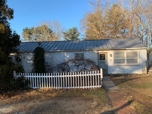 Glasgo, CT - Metal roof is being installed in Voluntown CT. Standing seam metal roof with a lifetime warranty,Installed over new plywood roof sheathing and high temp ice & water Shield