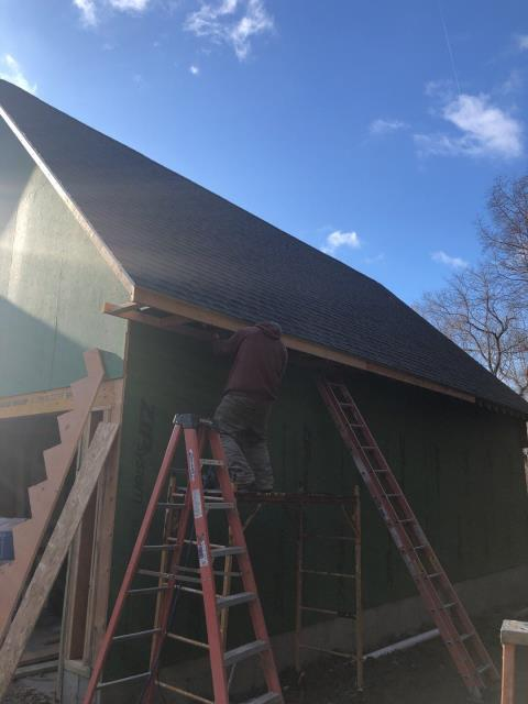 Preston, CT - Completing another new construction roof today in Preston Ct. This garage addition received a new GAF Roof system. GAF Timberline HDZ shingles with all GAF accessories. Lifetime warranty.