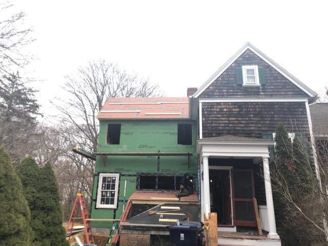 Point Judith, RI - This home will be getting a full roof replacement. All existing shingles  will be removed and a full GAF Roof system will be installed. Golden pledge warranty
