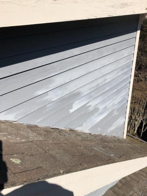 East Lyme, CT - This 20 year old roof is going to be replaced in East Lyme Ct. The siding on this dormer will be replaced also. All new step flashing and siding will be installed. New GAF Timbelrine HDZ roof shingles with no maximum speed limit on wind. Golden Pledge warranty