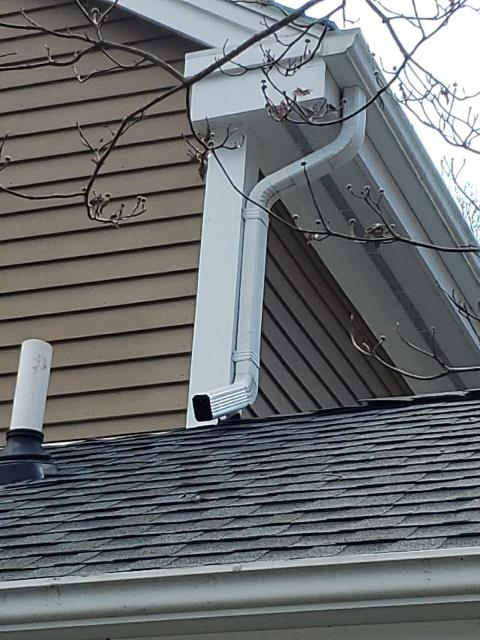 Stonington, CT - New seamless aluminum gutters installed on this property in Stonington CT. Roof was completed last week. Homeowner went with a new GAF Timberline HDZ roof shingle with a golden Pledge warranty.