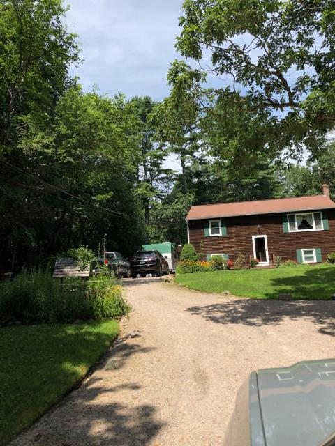 Hopkinton, RI - This roof in Hopkinton Rhode Island will be replaced this week. Full roof replacement. Crew Will be installing new GAF Timberline HDZ shingles. We Will be replacing any damaged plywood sheathing to ensure a solid nailing surface. Golden pledge warranty.