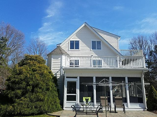 Charlestown, RI - New roof installed in one day! No mess left behind! Full golden pledge warranty backed by GAF.