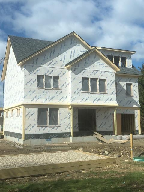 South Kingstown, RI - This roofing project in South Kingstown RI is complete! New construction roof installations keep us very busy in RI and CT.