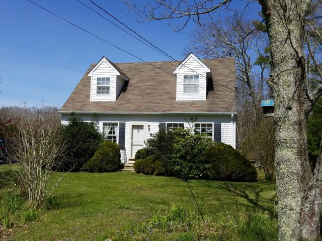Griswold, CT - Full roof replacement will be done on this home in Griswold CT using all GAF Products. System plus warranty. Gaf Timberline shingles.