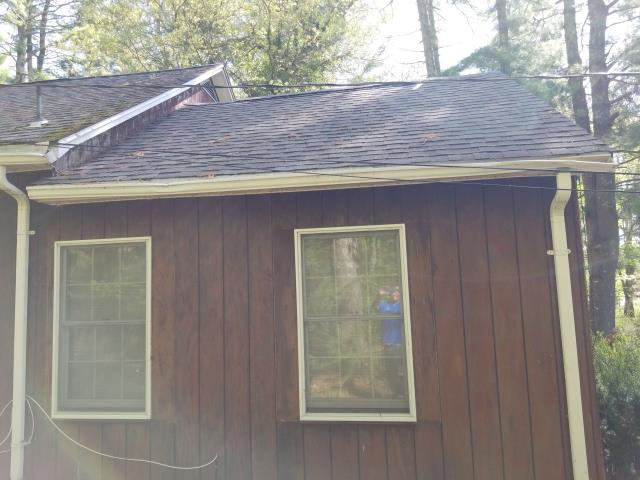 Voluntown, CT - Roof replacement estimate in Voluntown CT. This roof needs to be replaced.