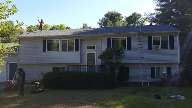 Hopkinton, RI - One of Our roofing crews is wrapping up another roof replacement in Hopkinton RI today! All GAF products used, Golden Pledge warranty. GAF Timberline HDZ shingles.