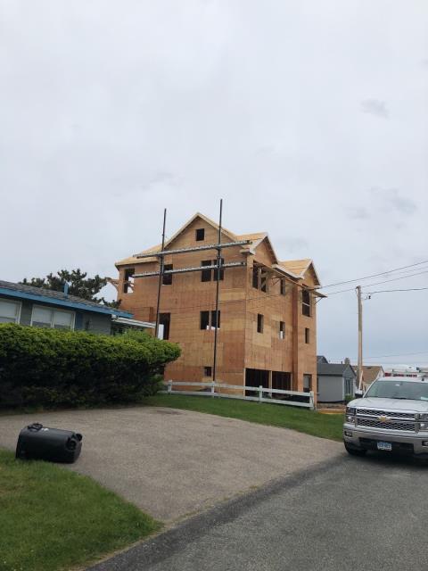Narragansett, RI - Measuring this new construction project for its new GAF Roof sytem in Narragansett RI.