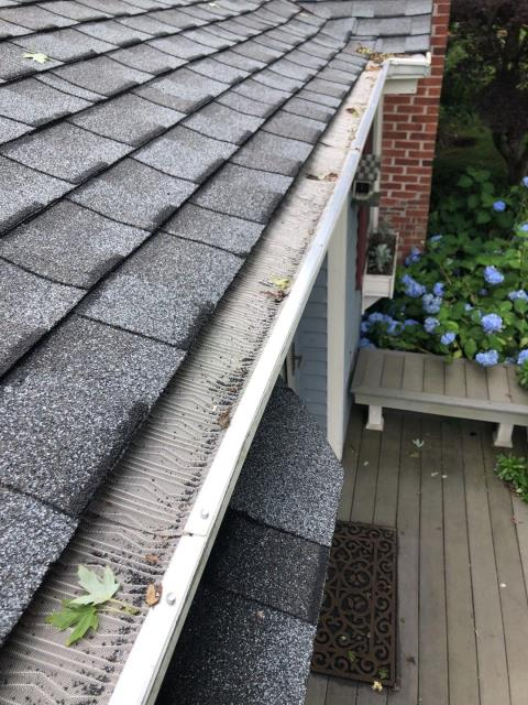 Stonington, CT - Just installed new seamless gutters and gutter guards after the new GAF Roof system was installed in Stonington CT. The GAF Timberline ULTRA HD shingles were used and look great! 50 Year warranty on roof.