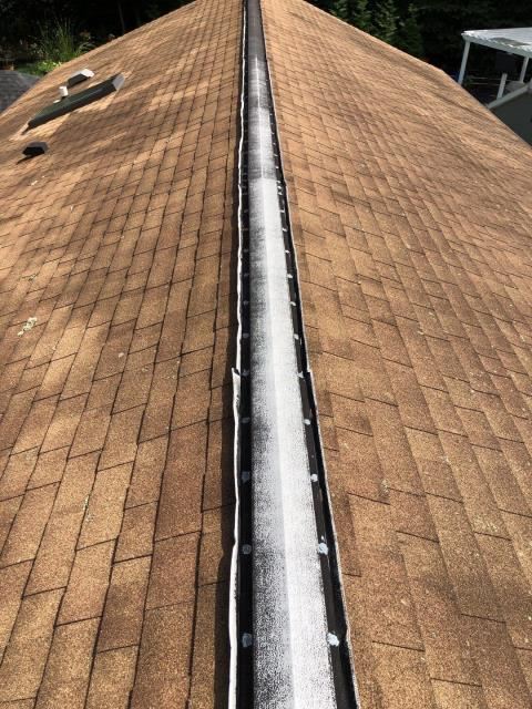 Waterford, CT - Time for a new roof! This 25 year old roof needs to be replaced. Full roof replacement using GAF Timberline HDZ or GAF Timberline ULTRA roof shingles. Golden Pledge Warranty. Master Elite Roofing Contractor.GAF  President's Club award winner!