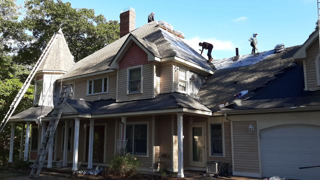 South Kingstown, RI - Full roof replacement in progress in South Kingstown RI. Installing a new GAF Roof system.