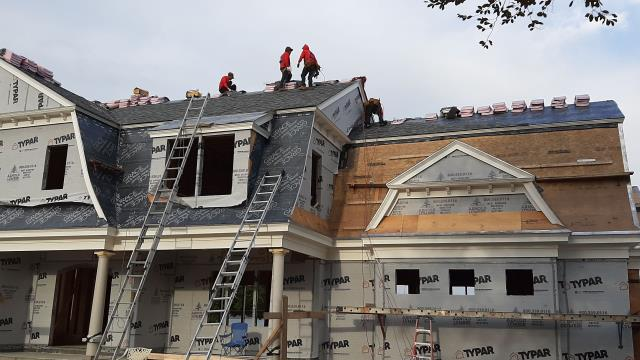 Charlestown, RI - Our roofers in Charlestown RI are making progress on this new construction roofing project. Installing a Owens Corning roof system.