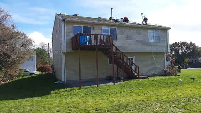 Narragansett, RI - Roofing crew is almost done with this new roof today in Narragansett RI!