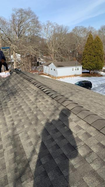 Stonington, CT - This Full roof replacement in stonington Ct is complete! New GAF Timberline Roof system installed. Color weathered Wood.