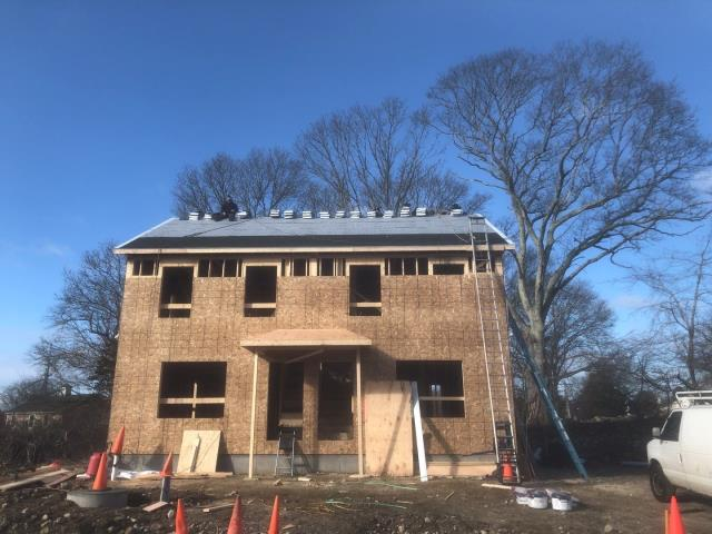 Stonington, CT - Another Roof being installed in Pawcatuck Ct. This roof is prepped and ready for its GAF Timberline Roof system! Golden Pledge warranty. GAF master elite roofer in CT. Presidents club winner 3 years running!