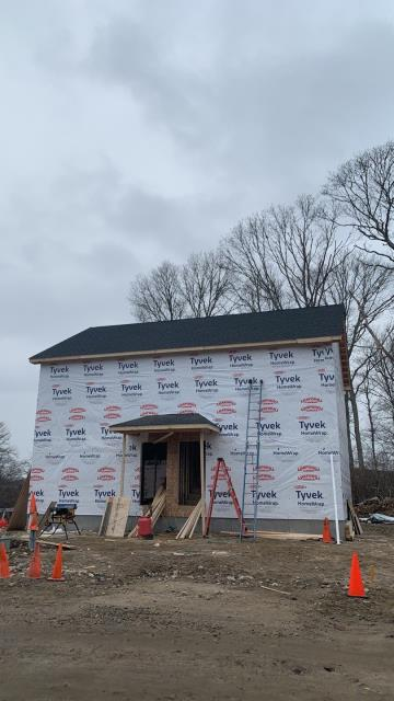 Stonington, CT - Another quality roof installation in Pawcatuck Ct by a GAF master elite roofing contractor is complete. GAF Golden Pledge warranty. On to the next new construction roof in this Pawcatuck CT subdivision