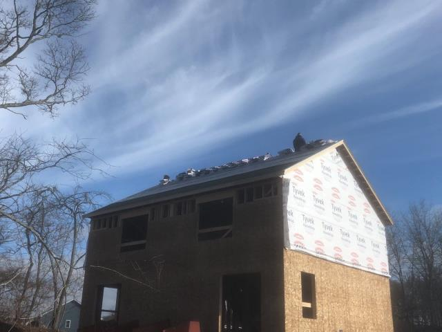 Stonington, CT - Roofing in Pawcatuck CT. This duplex is getting a new GAF Roof system installed. New Construction Roofing install in  Pawcatuck CT