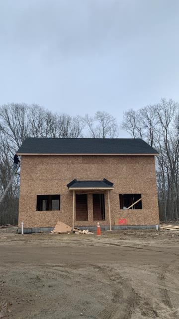 Stonington, CT - This new construction roof installation in Pawcatuck Ct is Done! New GAF roof system installed. Golden Pledge warranty! GAF Master Elite