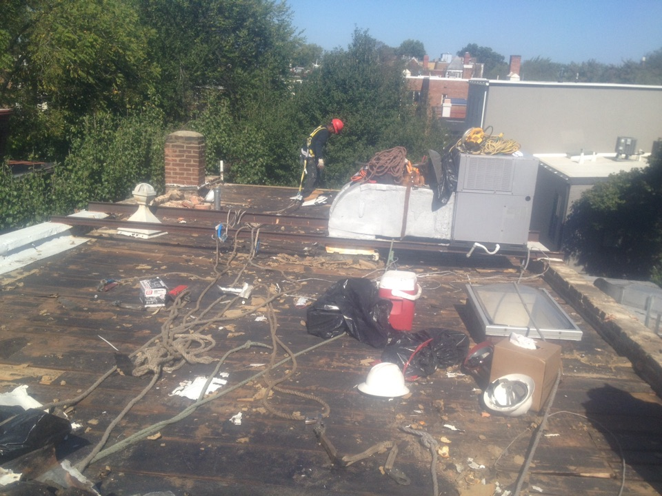 Washington, DC - I'm tearing off another roof in SE washington DC