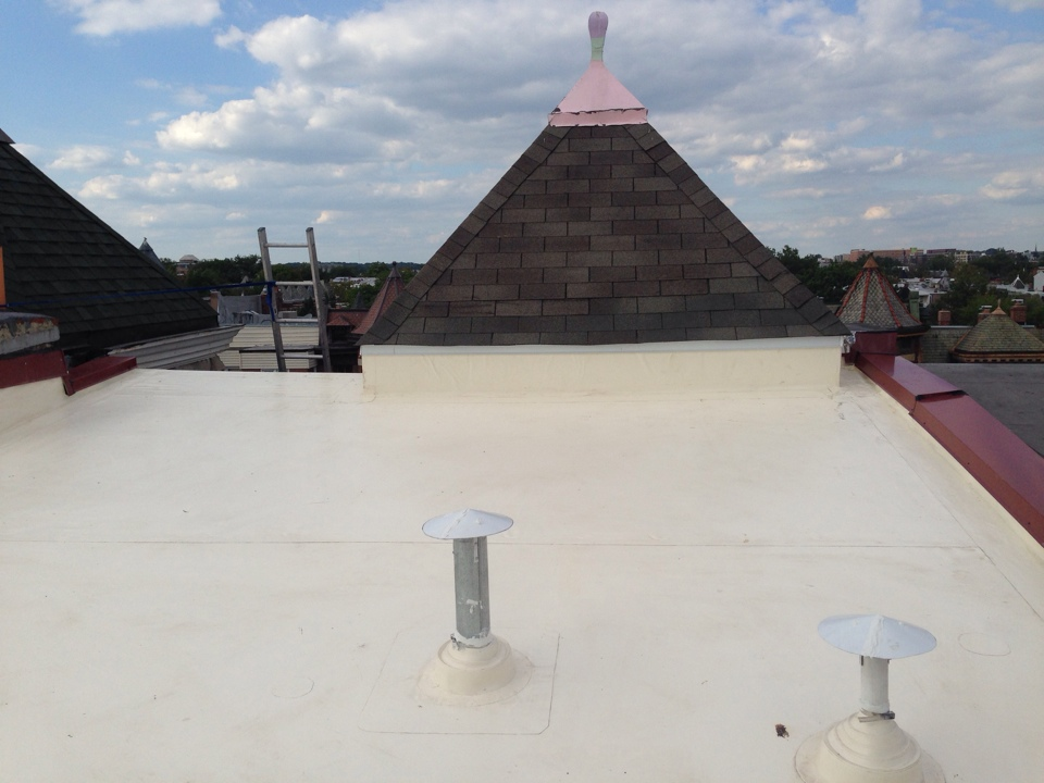 Washington, DC - Just finished a fibertite flat roof  in shingle washington dc