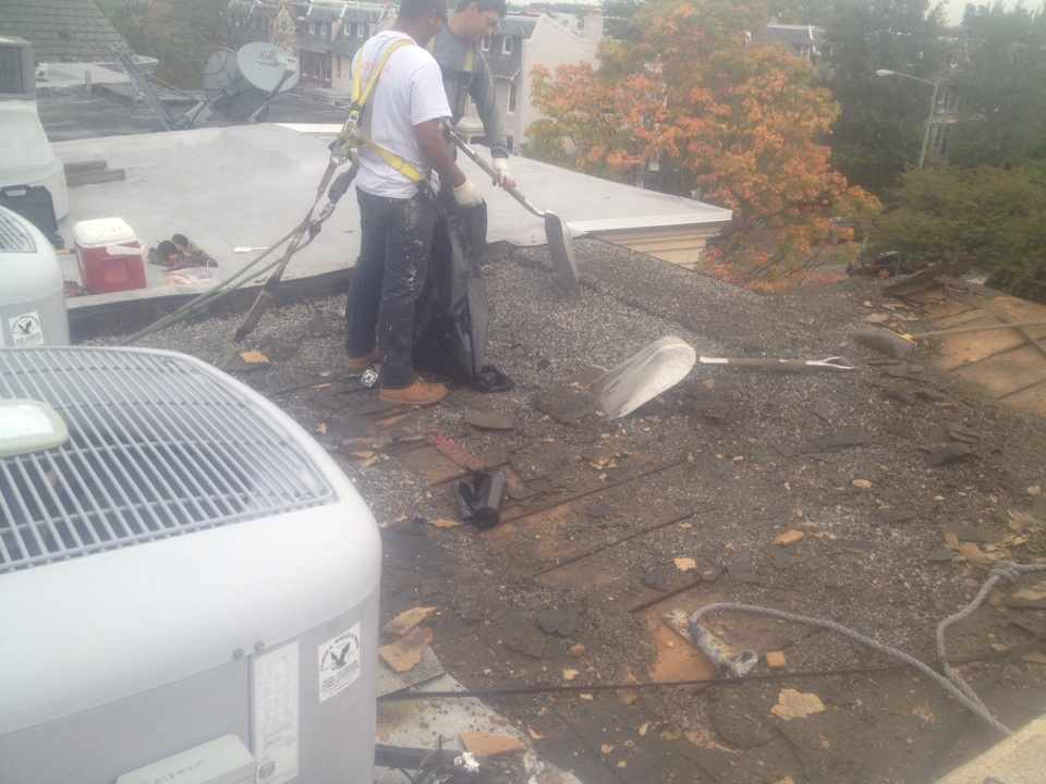 Washington, DC - I'm tearing off another roof in NE in DC