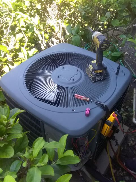 Clearwater, FL - Our maintenance technician Ben, perform maintenance an A/C preventative maintenance inspection and replaced the two year UV bulb. Also, he replace batteries on thermostat after finding out they were bad.