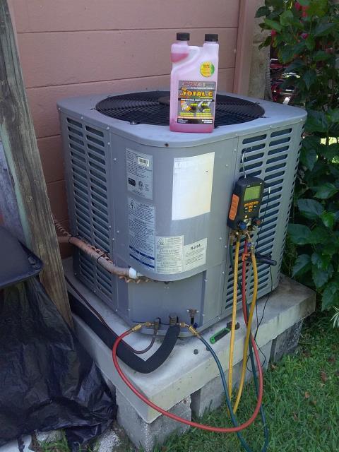 Seminole, FL - Our maintenance technician Ben, perform maintenance an A/C preventative maintenance inspection.