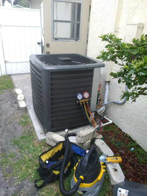 Palm Harbor, FL - 5/15/2019-Our Team Member, Nathan , perform a semiannual maintenance preventative maintenance inspection for a VIP customer.