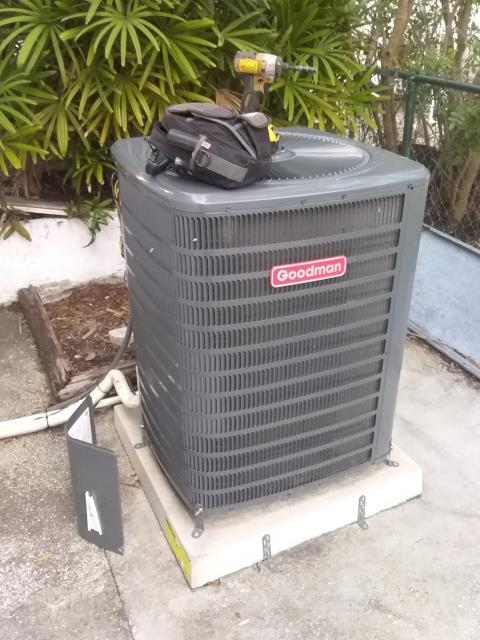 Tarpon Springs, FL - 12/19/19- Our skilled team member, Ben Decker performed a preventative maintenance and instructed our customer at her request how to access her filter and change it.