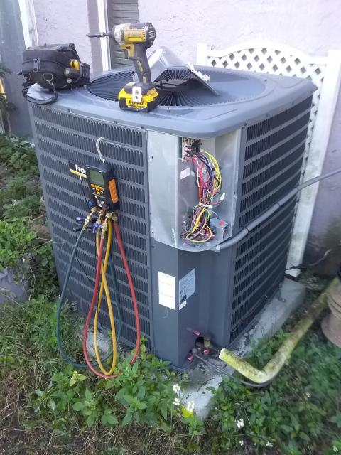 Tampa, FL - 12/16/19- Ben Decker performed preventative maintenance for one of our VIP customers.