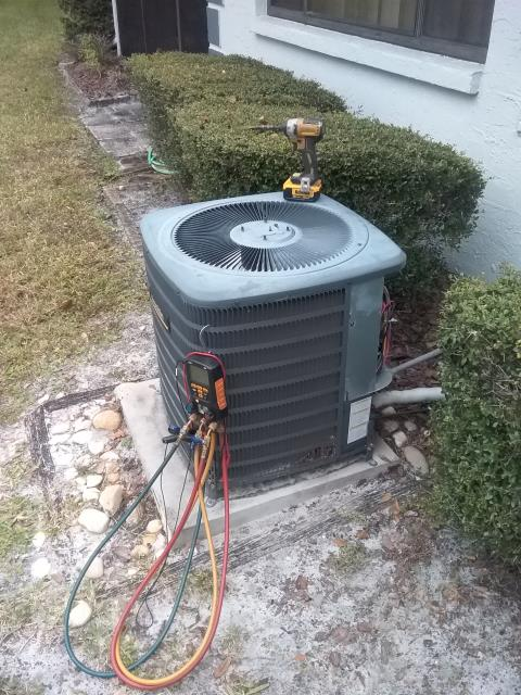 Clearwater, FL - 12/13/19  Ben Decker completed preventative maintenance for one of our VIP customers.