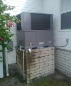 Dunedin, FL - Install 2.5 ton comfortmaker heat pump package unit