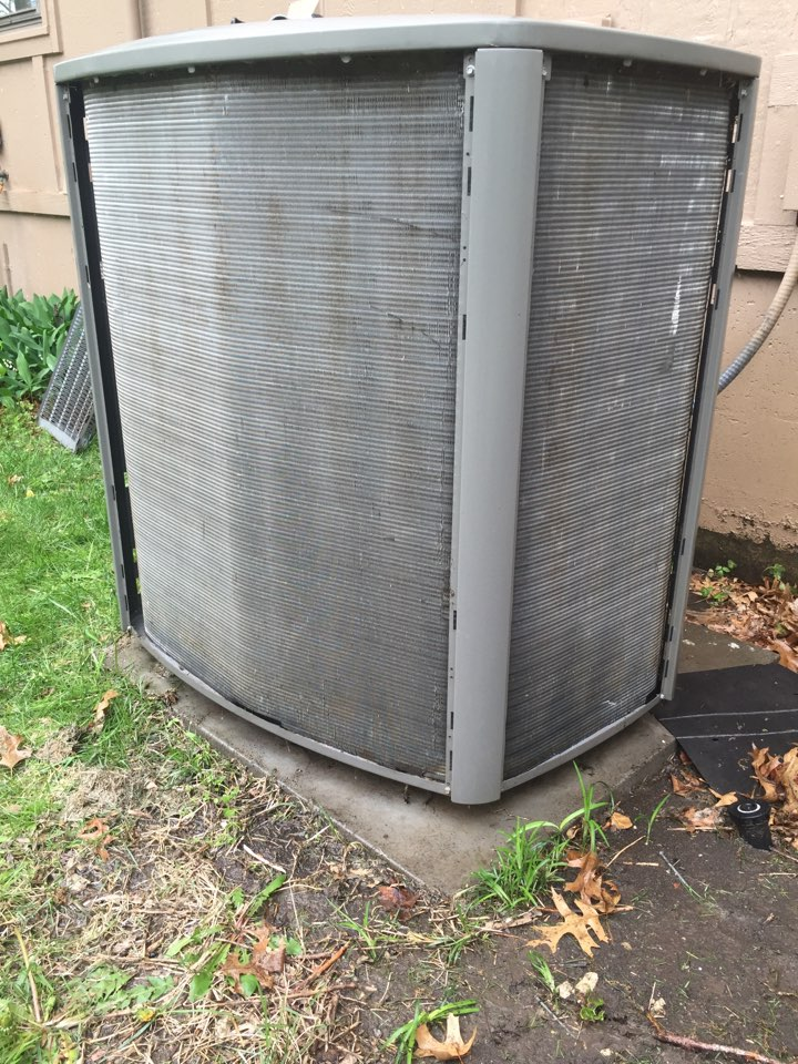 Overland Park, KS - Performed Tune up on a Lennox air conditioner. Checked all electrical wiring, checked freon levels. Replaced 25x25x1 air filter. Washed outside coil.