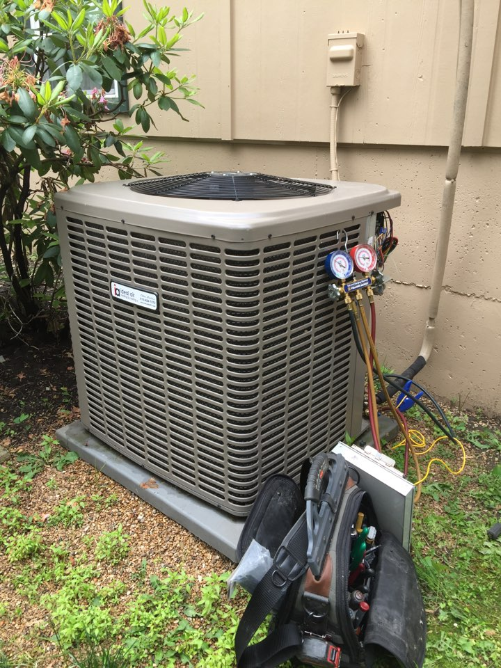 Overland Park, KS - Perform tuneup on 2012 York air conditioner. Check electrical wiring and connections. Check airflow and filter. Check R410 refrigerant temperatures and pressures. Washed condensing unit. Found thermostat was an operative and replaced with new Pro1 Digital Programmable thermostat with lifetime warranty.