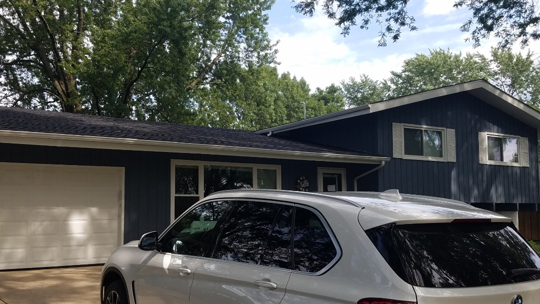 Roselle, IL - Roof and gutters complete in Roselle on Pearson Drive