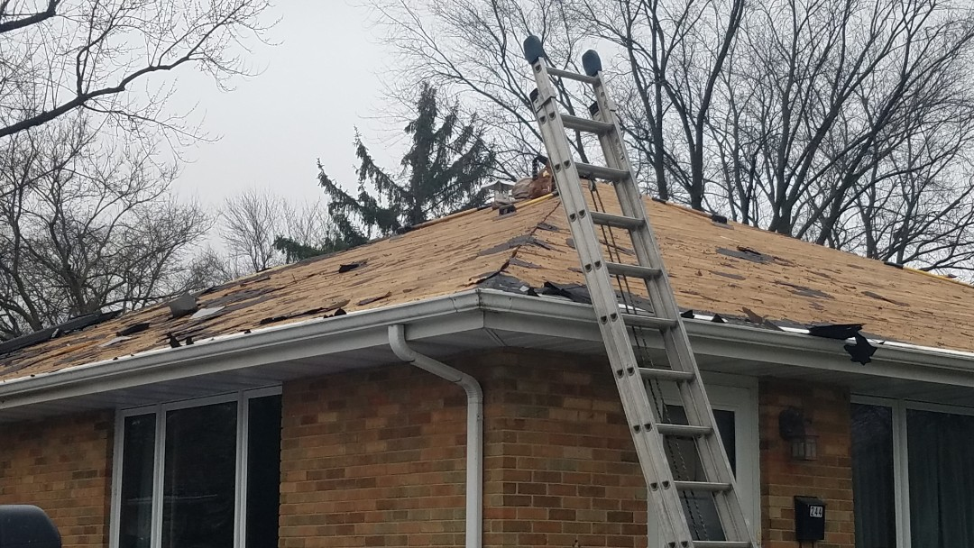 Bloomingdale, IL - Roofing project in progress in Bloomingdale on East Schick Road