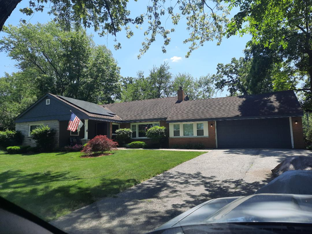 Medinah, IL - Is initial roof inspection in Medina Illinois on broker road looking for hail damage