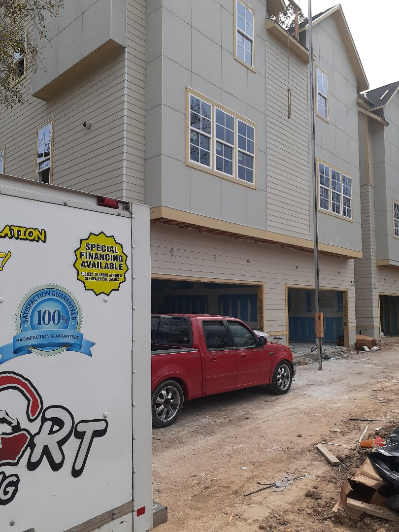 Houston, TX - R-19  batts insulation