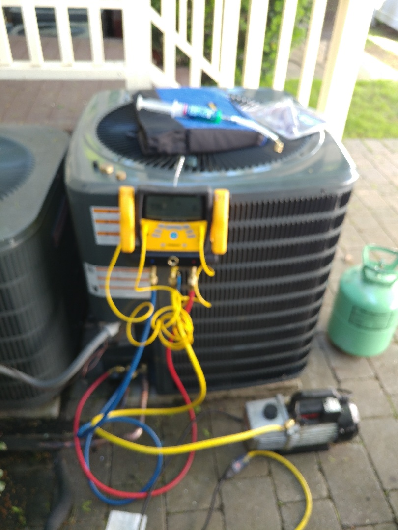 Waltham, MA - Condenser replacement install