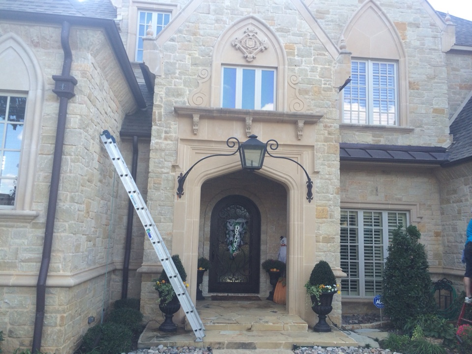 Southlake, TX - Window cleaning