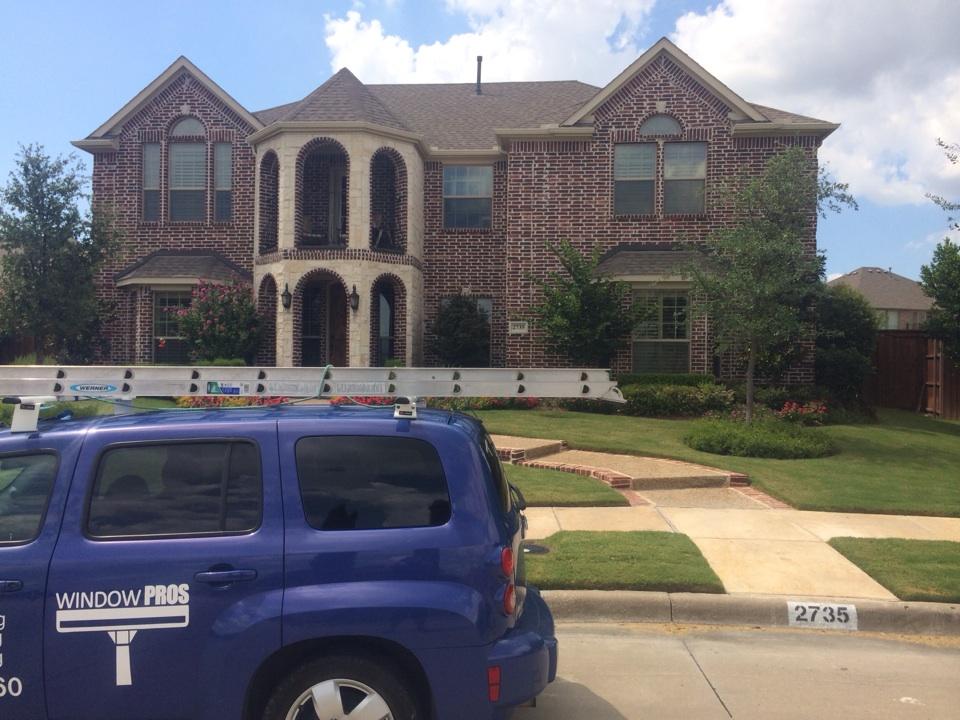 Frisco, TX - Window cleaning
