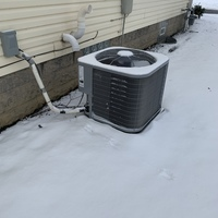Lewis Center, OH - Upon arrival system operating normally. Fan spinning. Tested fan. Everything within specification. One of the studs for the fan is broken and causing system to shake due to being loose and fan blade bent.