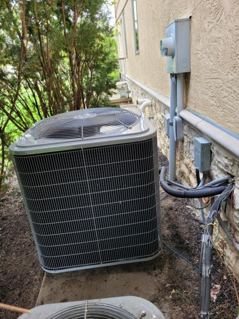 Galena, OH - I went to the customer's home to do an inspection for the installation of a  Carrier 16 SEER 4 Ton Air Conditioner.   I found no issues.  Everything was operational upon my departure.