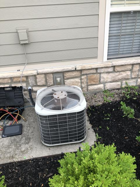 Westerville, OH - I arrived on site to perform an installation of a Five Star 13 SEER 2.5 Ton Air Conditioner, as it was the best fit for the customers home. The installation was a success and the unit was running at full functionality at the time of departure.