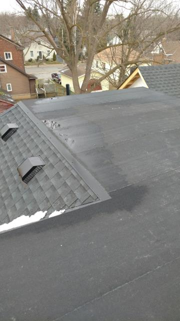 Milton, ON - Custom home, GAF, HDZ Timberline Charcoal, Flat roof, 2 Ply application GAF Master Elite Roofers