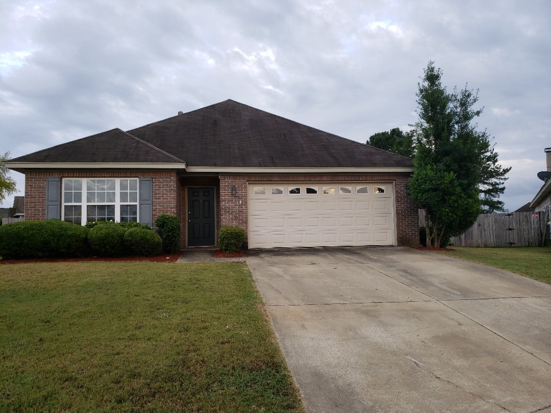 Prattville, AL - 1598 Hawthorne lane 3 bedroom 2 bath Prattville Alabama.