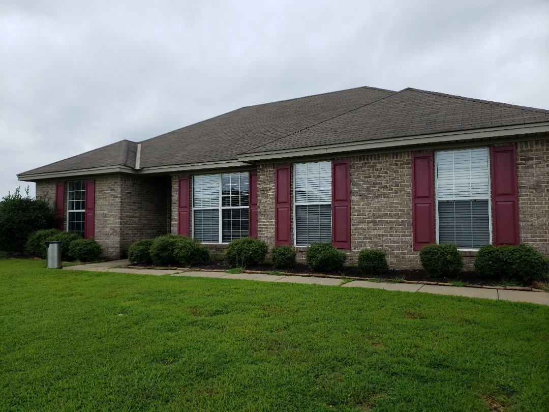 191 Barnes ct. Wetumpka Al home for rent. 3 bedroom 2 bath in the cotton lakes subdivision.
