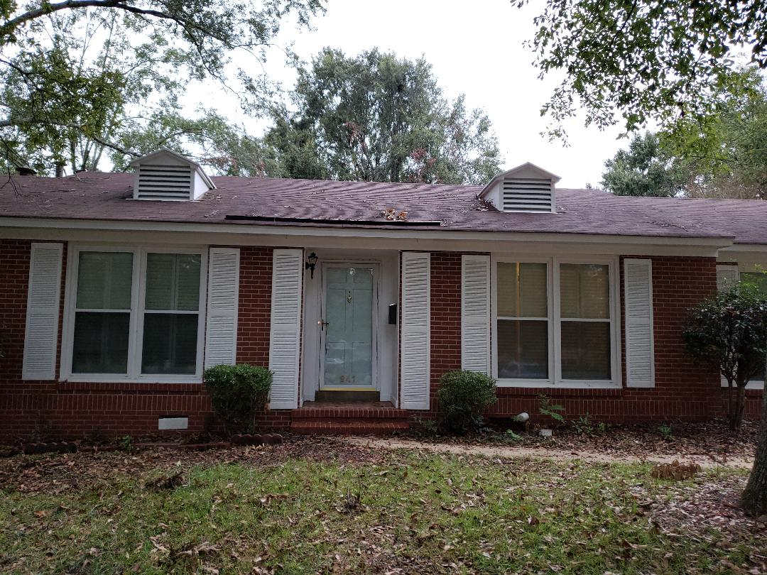 941 Green Forest Dr, Montgomery, AL 36109 home for rent granit countertops and totally renovated!